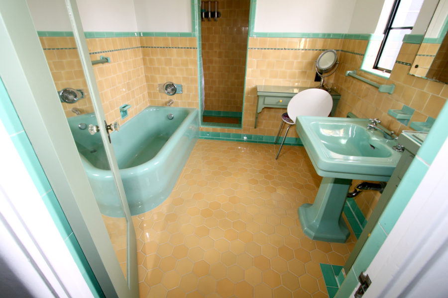 Tile work los angeles tile contractor 310 692 1171 for Los angeles bathroom remodeling contractor